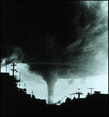 Vulcan Tornado 1927
