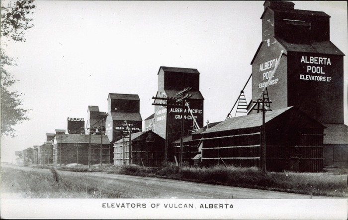Grain elevators in Vulcan, Alberta