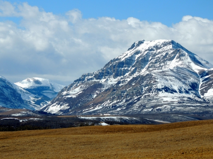 The mountain range along Waterton