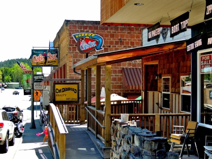 A popular food establishment in Eureka